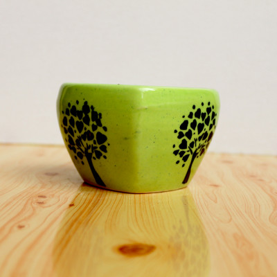 4.5 inch Designer Green Heart Shape Ceramic Pot