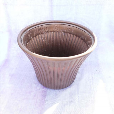 Brown Plastic Pot With Straight Line Design